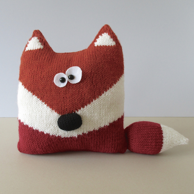 Ravelry Fox Cushion Pattern By Amanda Berry
