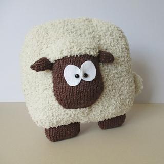 Sheep_cushion_img_3814_small2