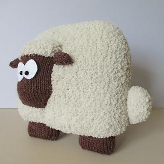 Sheep_cushion_img_3809_small2