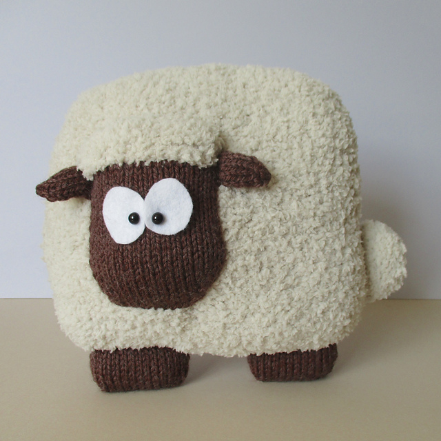 Ravelry Sheep Cushion Pattern By Amanda Berry