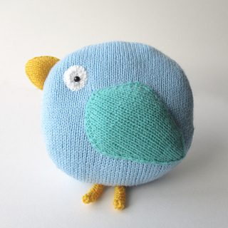 Bella_bird_cushion_img_7351_small2