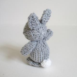 Egg_cup_bunny_img_8474_small2