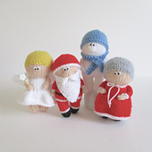 Christmas_dolls_img_7000_small_best_fit