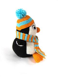 Penguin_side_accessory_small2