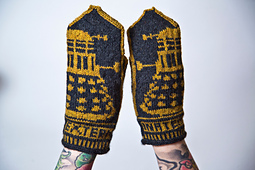 Dalek_mittens_2_small_best_fit