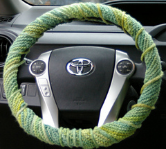 Whole_steering_wheel_small