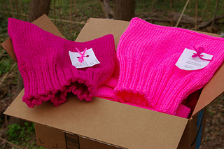 Box_of_14_pink_pussy_hats_ready_to_ship_5_shocking_pink_9_pretty_n_pink_small2