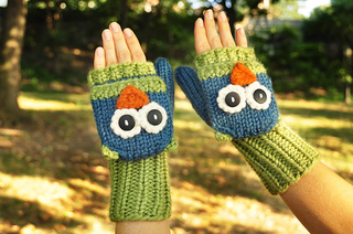 Fingerless_owl_gloves_small2