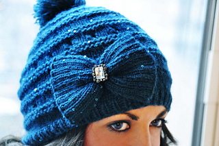 Your_time_to_shine_sequin_bow_hat_and_mittens_knitting_pattern_3_small2