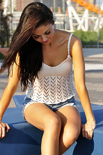 Bow_crazy_chevron_lace_knitted_tank_top_with_open_back_and_bow_knitting_pattern_6_small2