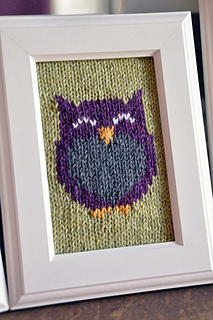 Owl_friends_knitted_wall_art_green_owl_small2