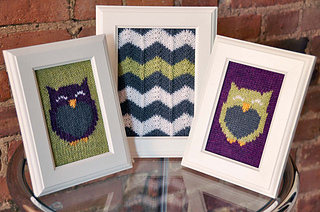 Owl_friends_chevron_knitted_wall_art_knitting_pattern_small2