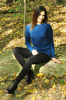 Sweater_weather_cable_knit_tunic_knitting_pattern_1_small2