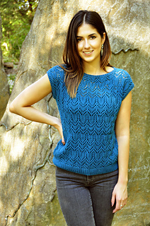 Take_a_bow_knitted_chandelier_lace_top_knitting_pattern_3_small2