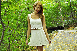 Twirl_of_your_dreams_knitted_daisy_lace_skater_skirt_knitting_pattern_10_small_best_fit