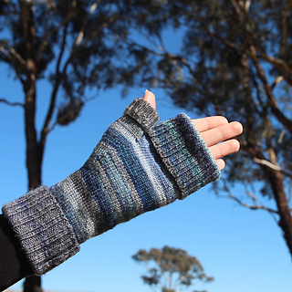 Vanilla-flip-mitts-4_small2
