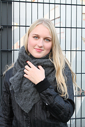 Baltic_scarf_emma_2_small_best_fit