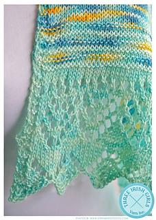 Molto_bella_shawl_2_small2