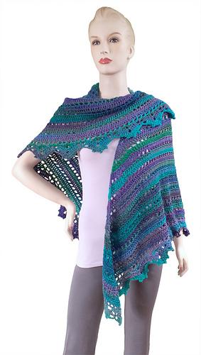 Gc116313_penelope_shawl_1_0896_web_medium