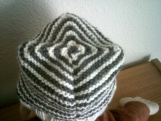 Baby_hat_001_small2