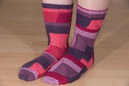Plaid_socks_jan_2016_small_best_fit