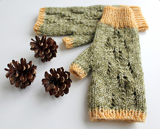 Two_colour_scots_pine_gloves_small2