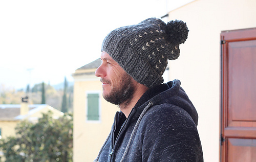 Ravelry Men S Slouchy Bobble Hat Pattern By Louise Bollanos