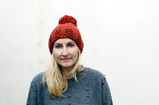 Ravelry Chunky Ribbed Beanie Hat Pattern By Louise Bollanos