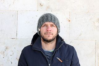 016985ad2e22fe Ravelry: Men's Chunky Winter Hat pattern by Louise Bollanos