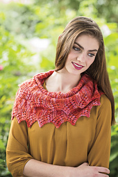 Caterpillar_cowl_knits_winter_2015_3_small_best_fit