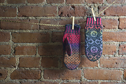 Starflower-mittens_small_best_fit