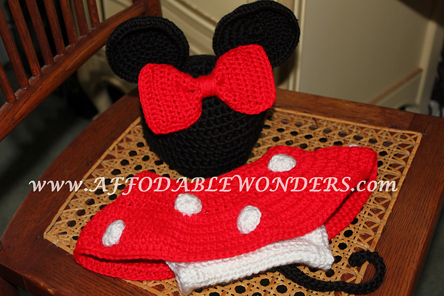 Ravelry: Minnie Mouse Inspired Diaper Cover pattern by Cristina Barnes