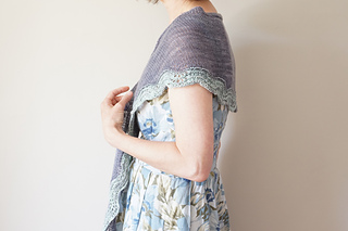 Sand_and_sea_shawlette2_small2