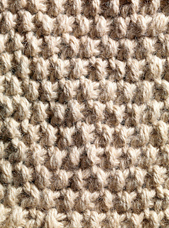 Chunky_moss_stitch_knitting_small2