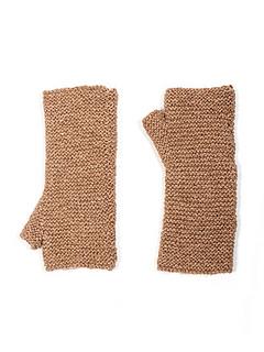 Easy_beginner_wristwarmers_knitting_pattern_small2