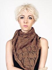 Alpaca_leaf_scarf_small
