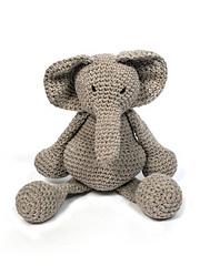 Big_crochet_elephant_toy_nursery_small