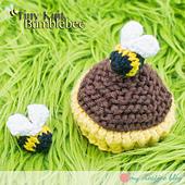 Tinyknitbumblebee_sq2_small_best_fit