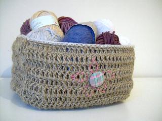 d9c5917eeb7 Ravelry  a twine basket pattern by Helen Woodward