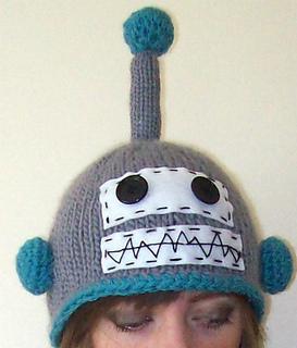 e397dedc5f7 Ravelry  a friendly robot hat pattern by Helen Woodward