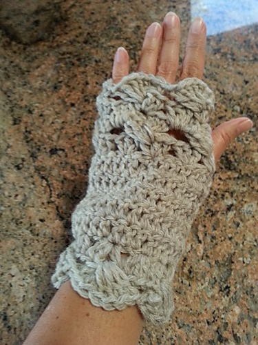 Ravelry Crochet Fingerless Mittens Or Flip Mitten Pattern By Helen