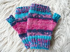 Penny_s_fingerless_gloves_small