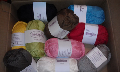 Farm_friends_yarn_medium