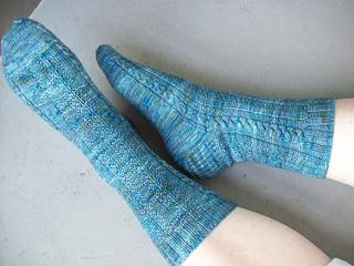 Shawl_and_socks_2137_small2