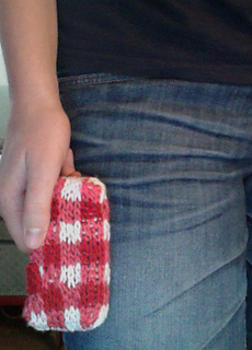 e09d0b3d0 Ravelry  Gingham Cell Phone Cover pattern by Kristen Cooper