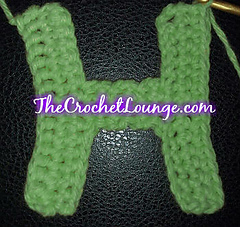 Capital_letter_h_the_yarn_box_crochet_alphabet_party_small
