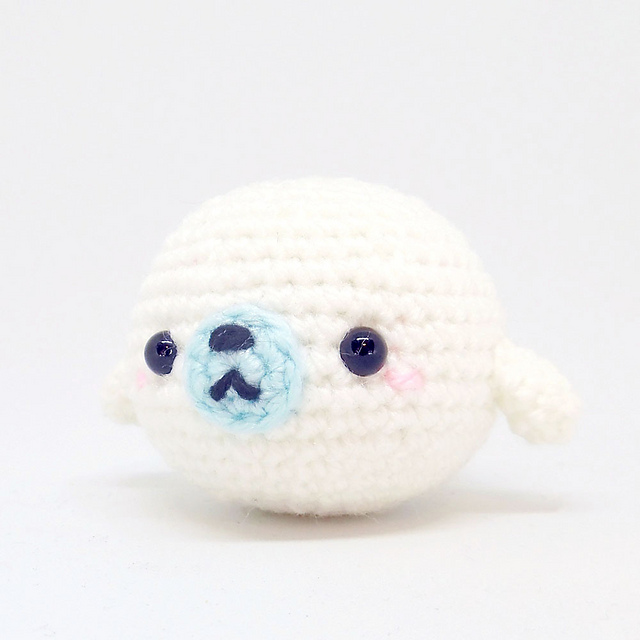 Ravelry: Bubble Seal Amigurumi pattern by i crochet things
