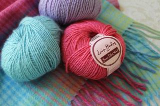 Knitting_5191_small2