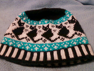 Mom_s_hat_small2