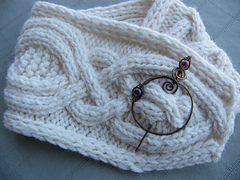 Riverport_cowl_with_michelles_bronze_pin_5-100c_small